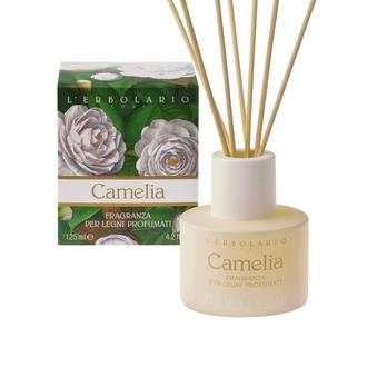 L'Erbolario Camelia Fragranza per Legni Profumati -125ml - Υγρό διάλυμα για αρωματικά ξυλάκια με άρωμα της σειράς Camelia - Αρωματικές Νότες από: Καμέλια, Ελέμιο Κουμαριά, Tonka, Ambra (Κεχριμπάρι)